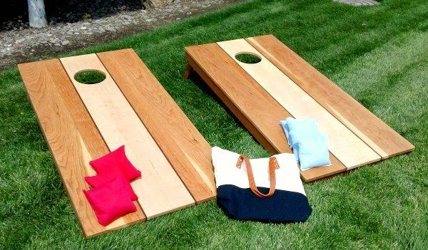 Corn Hole Set Cherry Maple