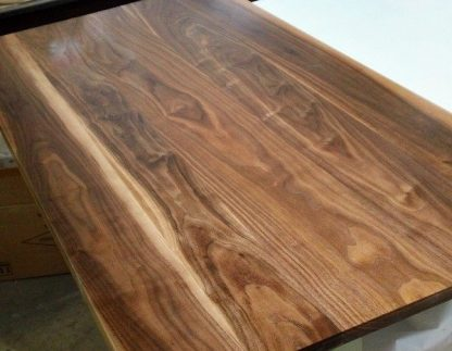 walnut counter